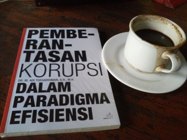 buku-paradigma-korupsi